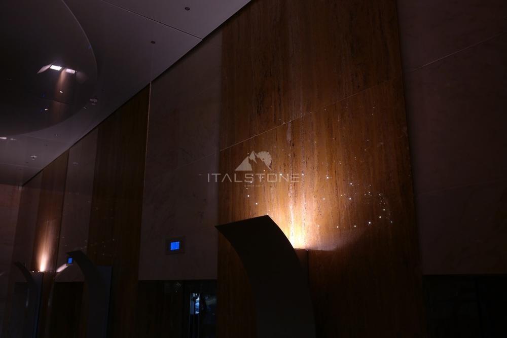 Leader Tower лифтовые порталы