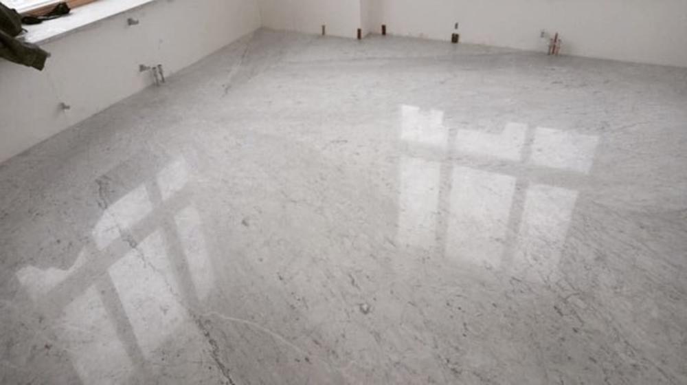 Полы из мрамора Bianco Carrara