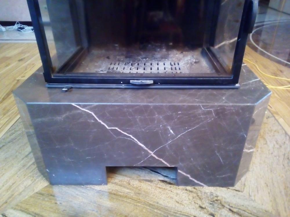 Камин из мрамора Amani Brown
