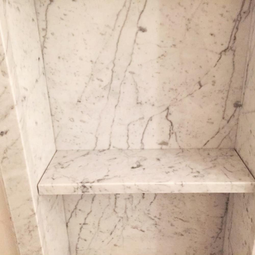 Ниша из мрамора Bianco Carrara