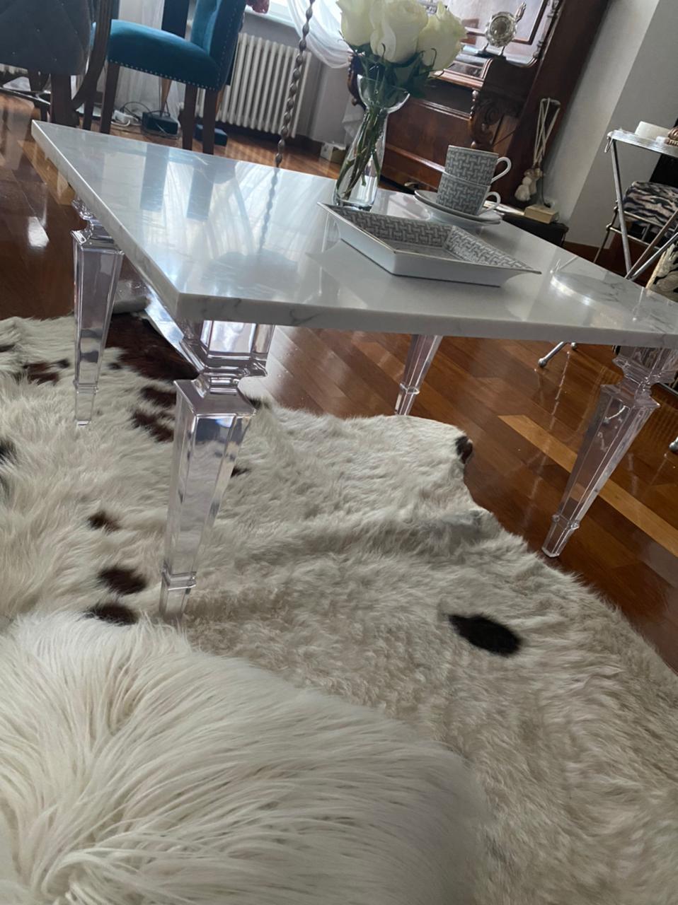 Столешница для обеденного стола из кварцевого агломератаcanvas
